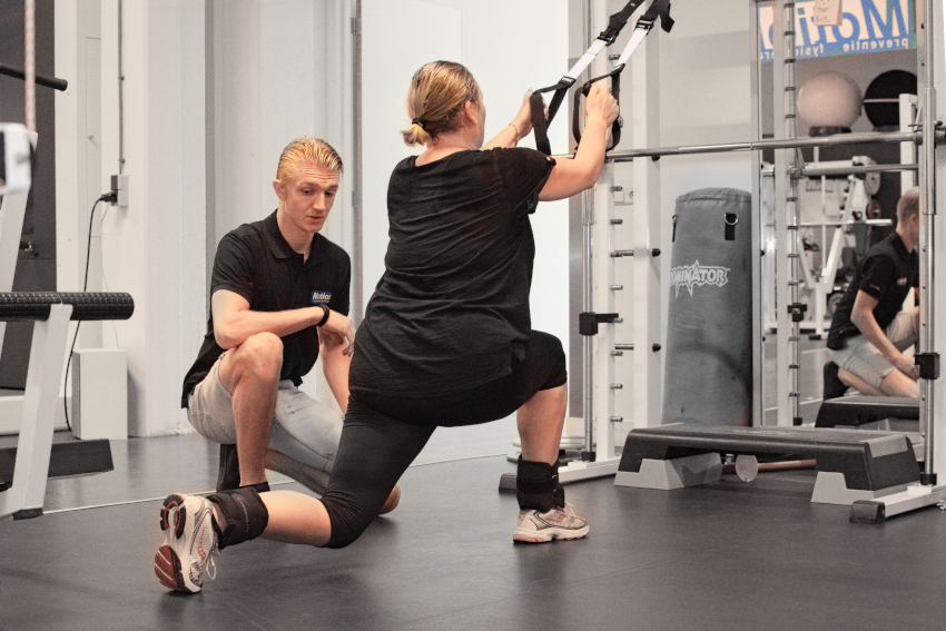 Fitness bij Motion preventie, onder toezicht van sportbegeleider of fysiotherapeut